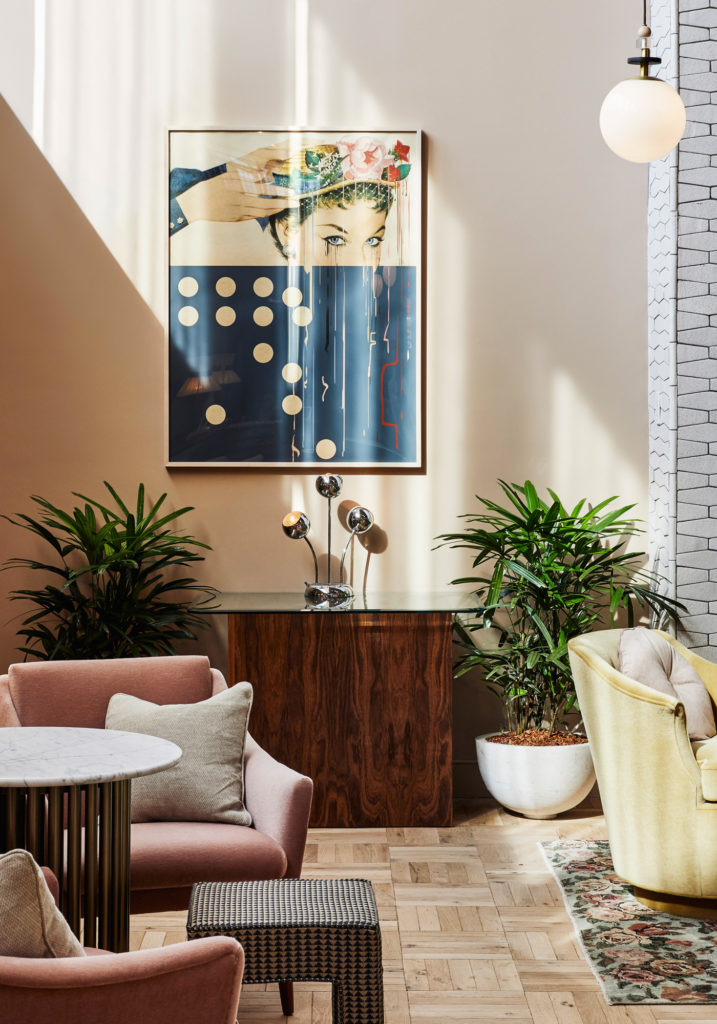 City Guide New York Brooklyn Boutique Hotel The Hoxton Williamsburg