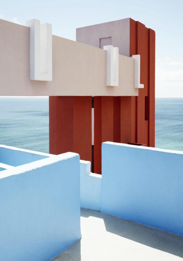 Architecture La Muralla Roja Ricardo Bofill Alicante Espagne
