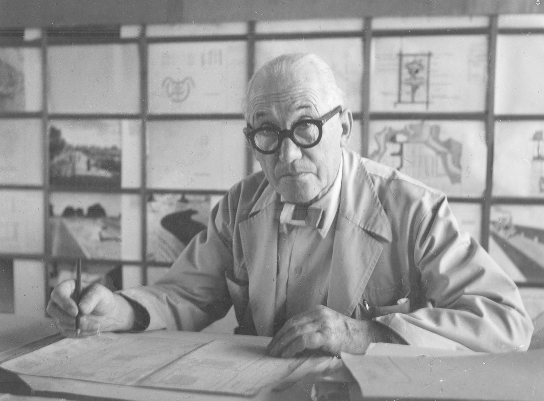 Rado Montres True Thinline Les Couleurs Le Corbusier Portrait Architecte