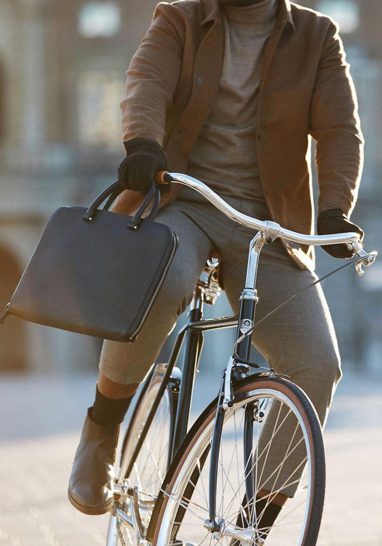 BIKEID Vélo Ville Premium Suédois Majestic Electrique Chrome
