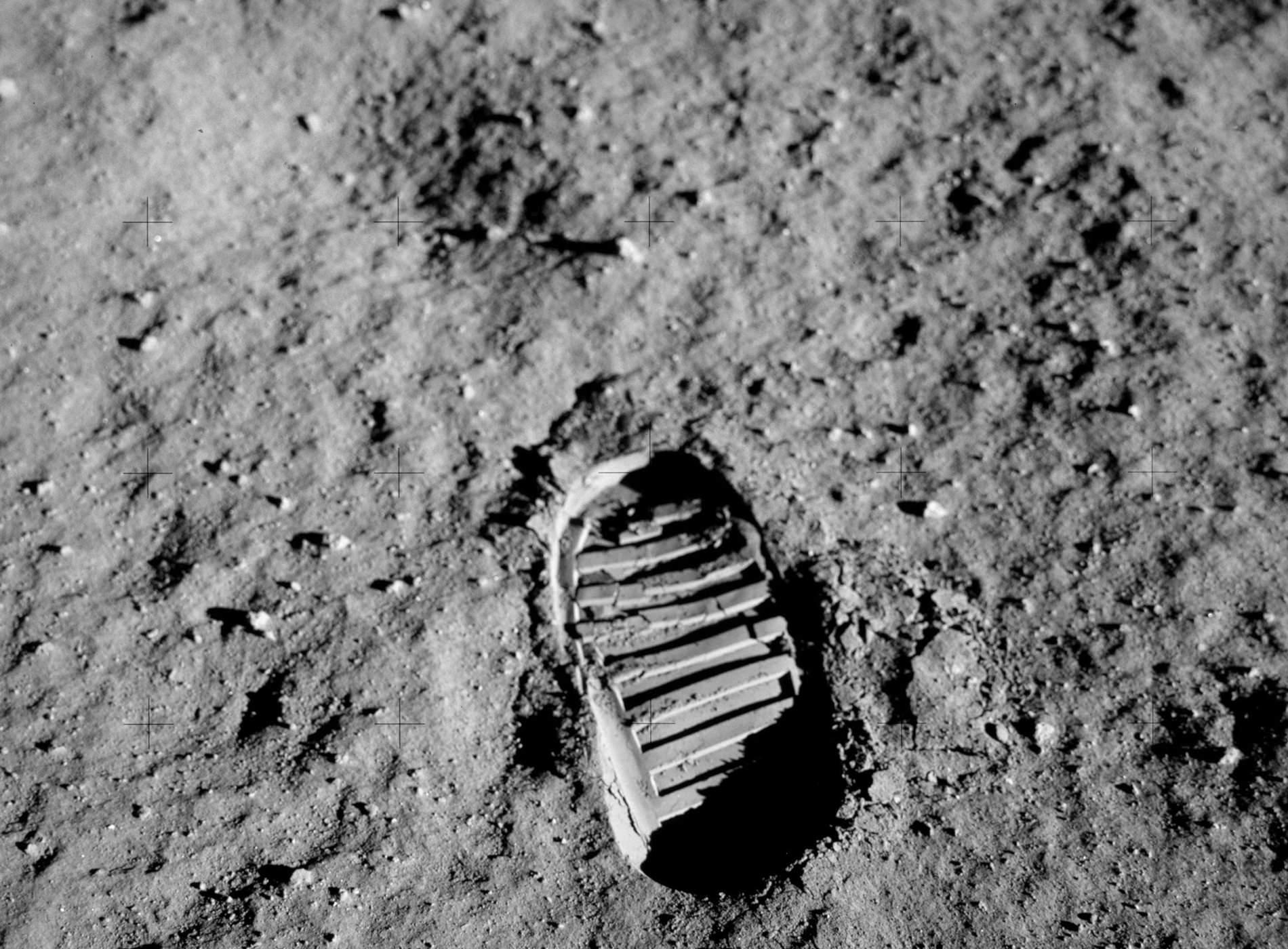 Apollo 11 Atterrissage Lune Empreintes Astronautes