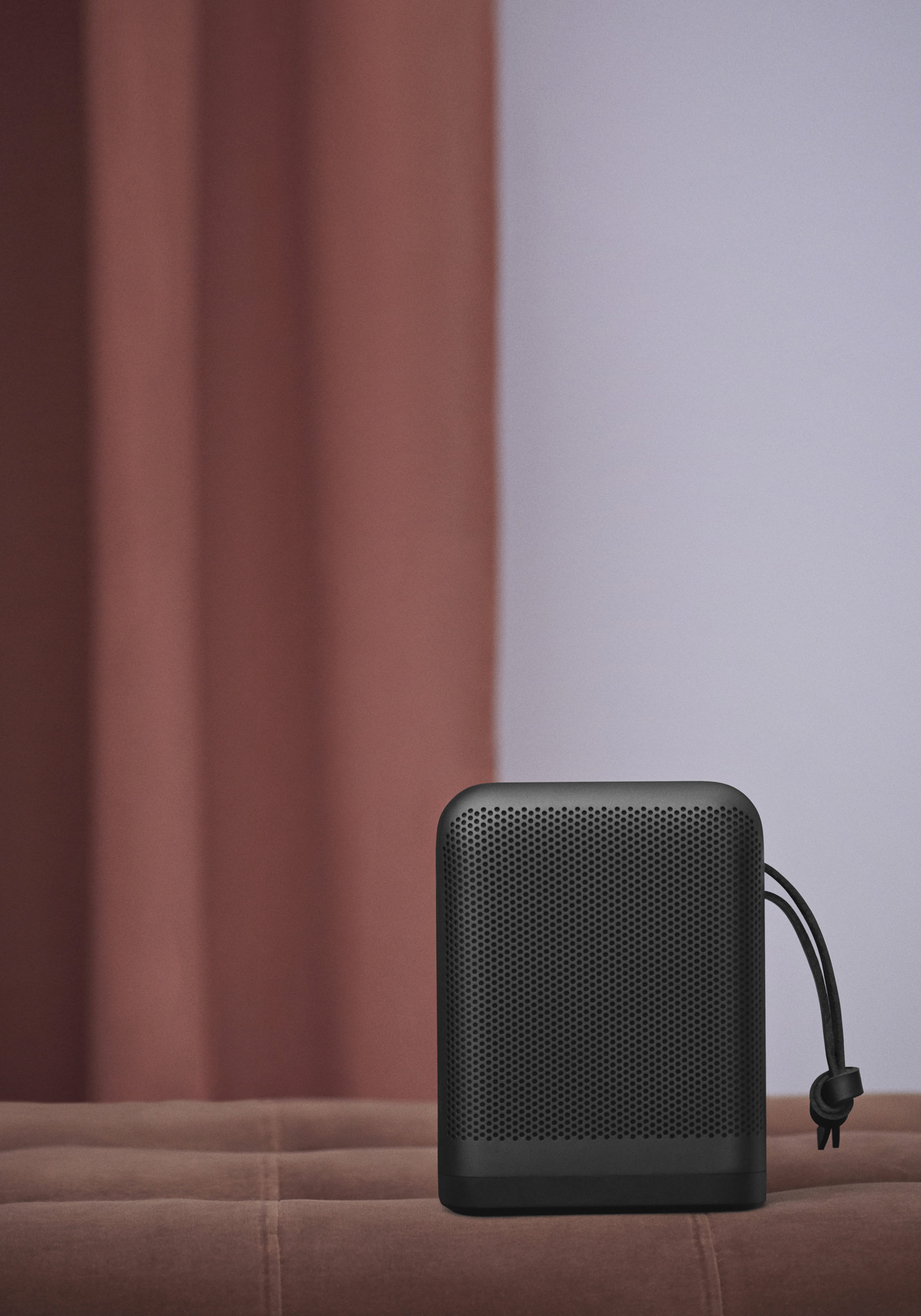 Enceinte Beoplay P6 Bang & Olufsen Black Edition