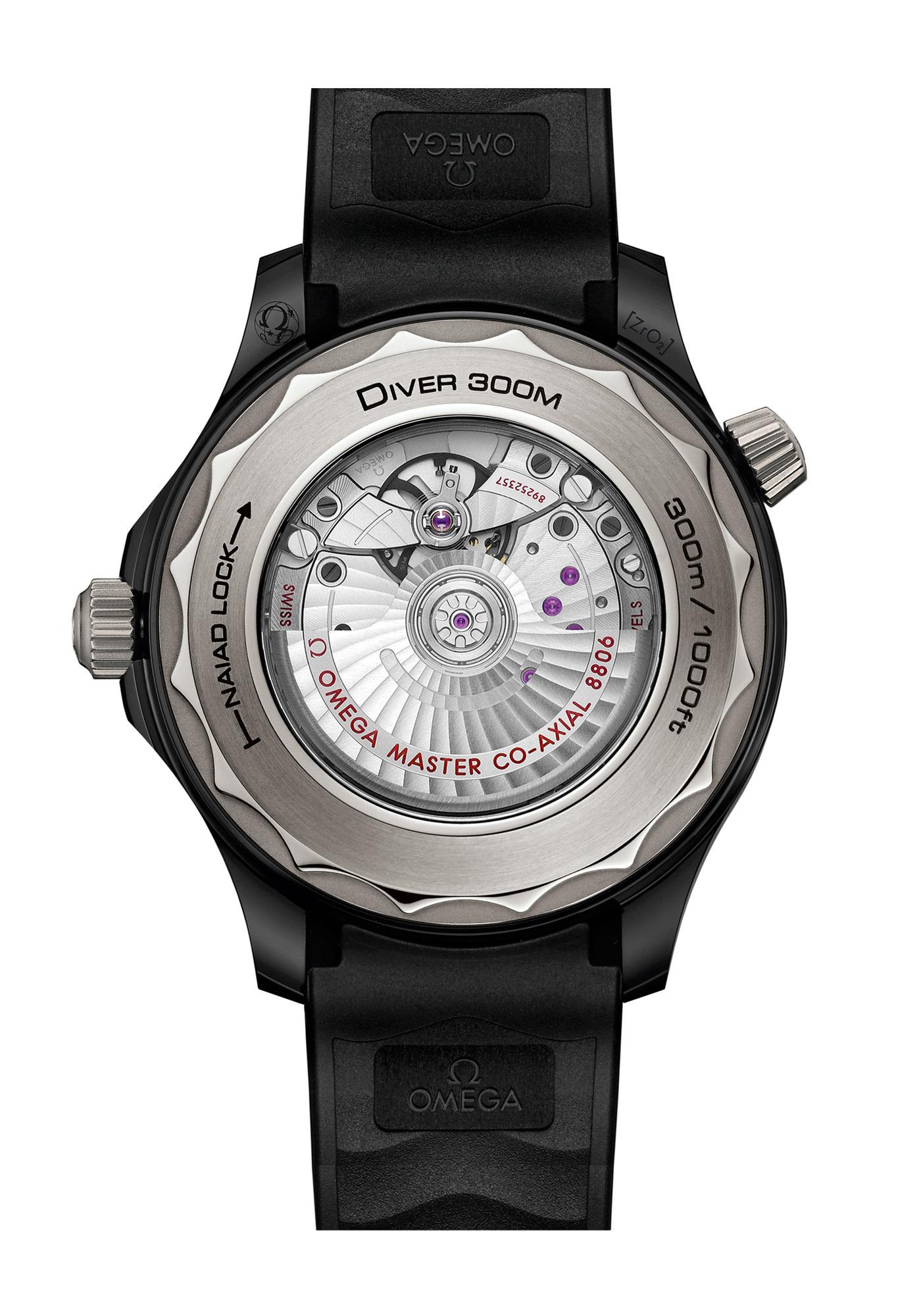 Montre Omega Seamaster Diver-300M Céramique Titanium Bracelet Arrière Co-Axial 8806