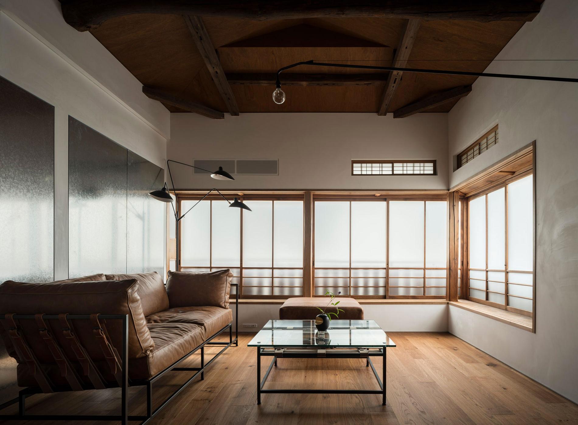 City Guide Tokyo Kagurazaka Trunk House Salon