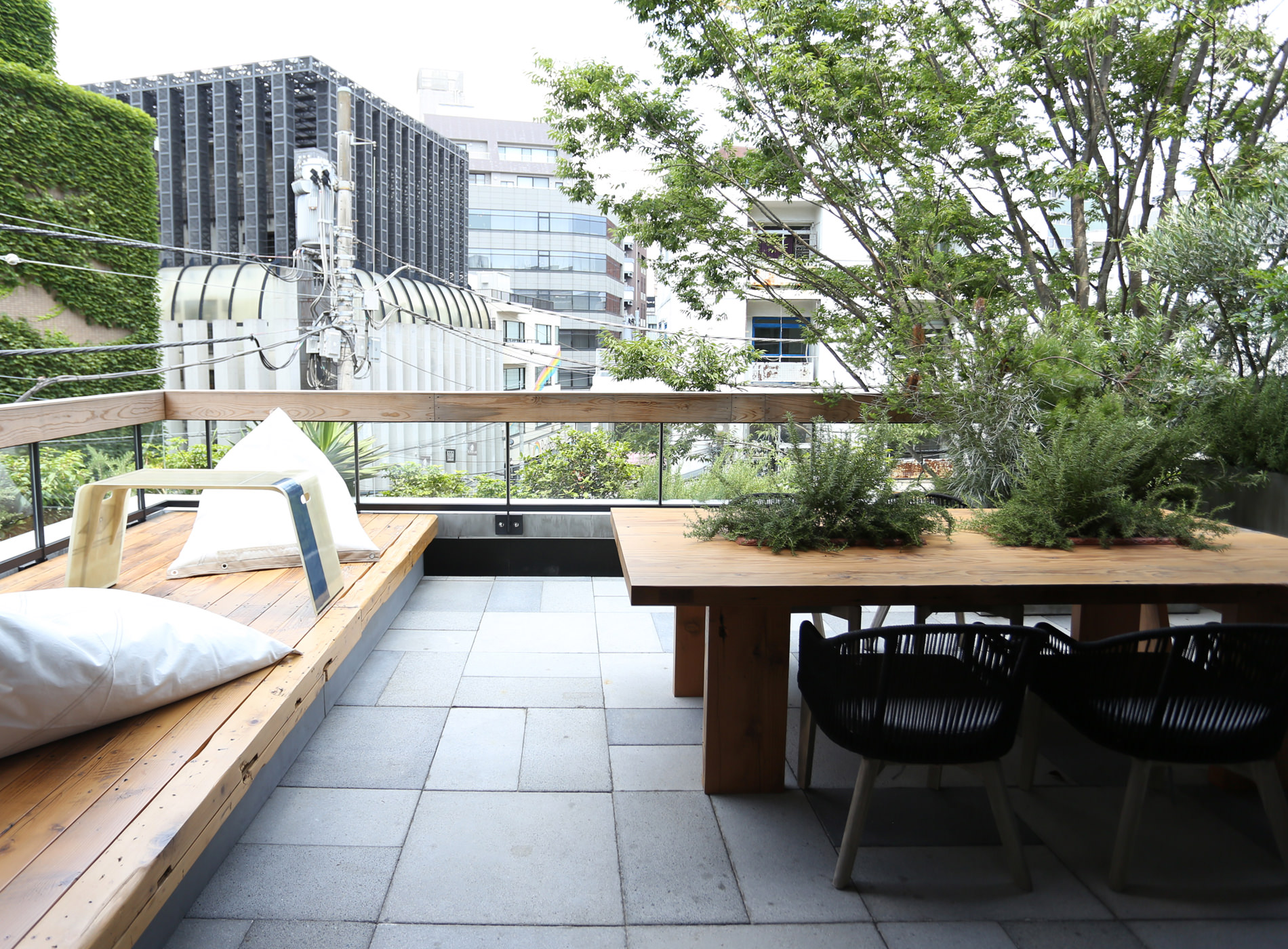 City Guide Tokyo Shibuya Trunk Hotel Balcony Junior Suite