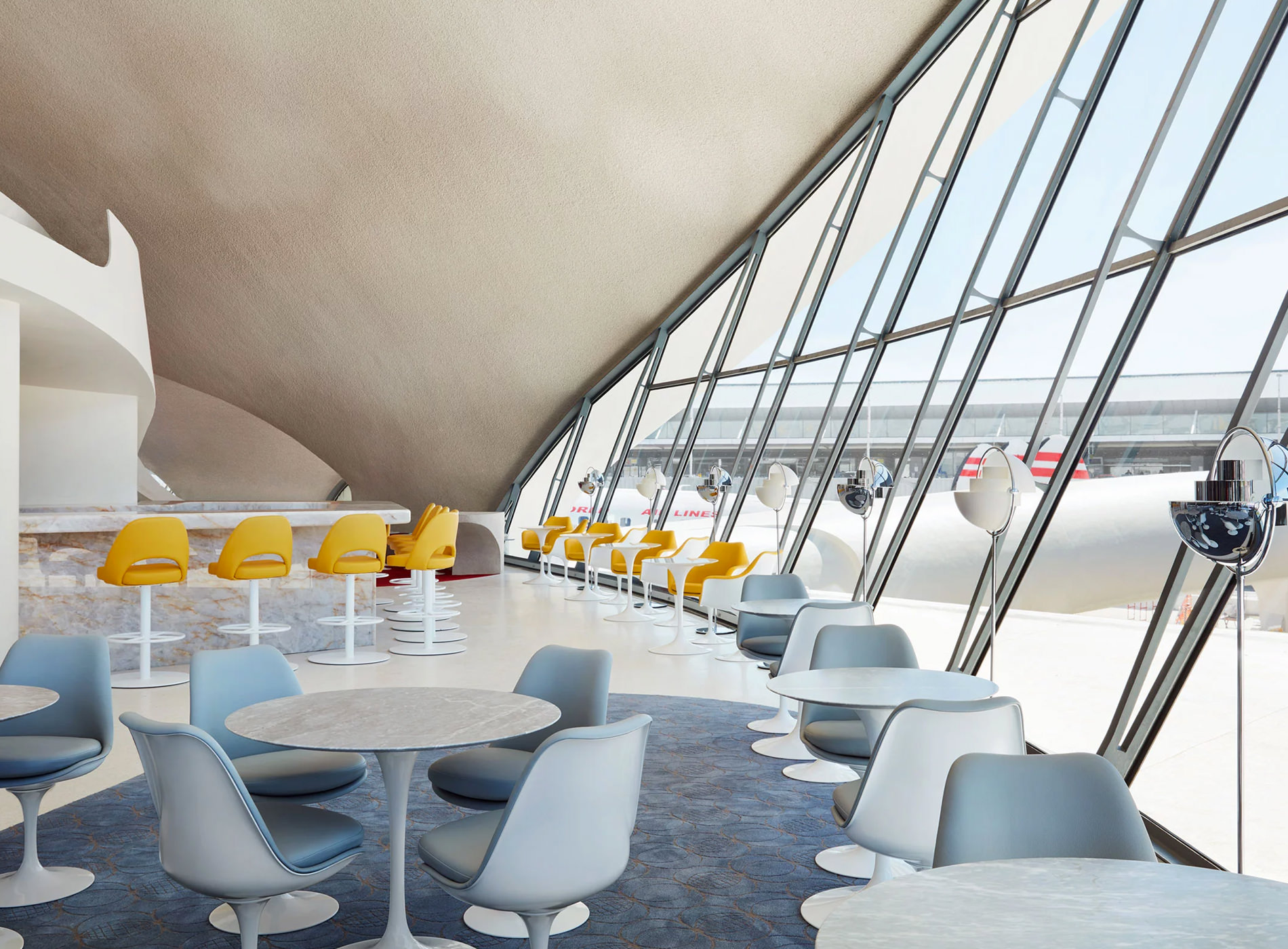TWA Hotel New York JFK Airport TWA Flight Center Paris Café Lisbon Lounge