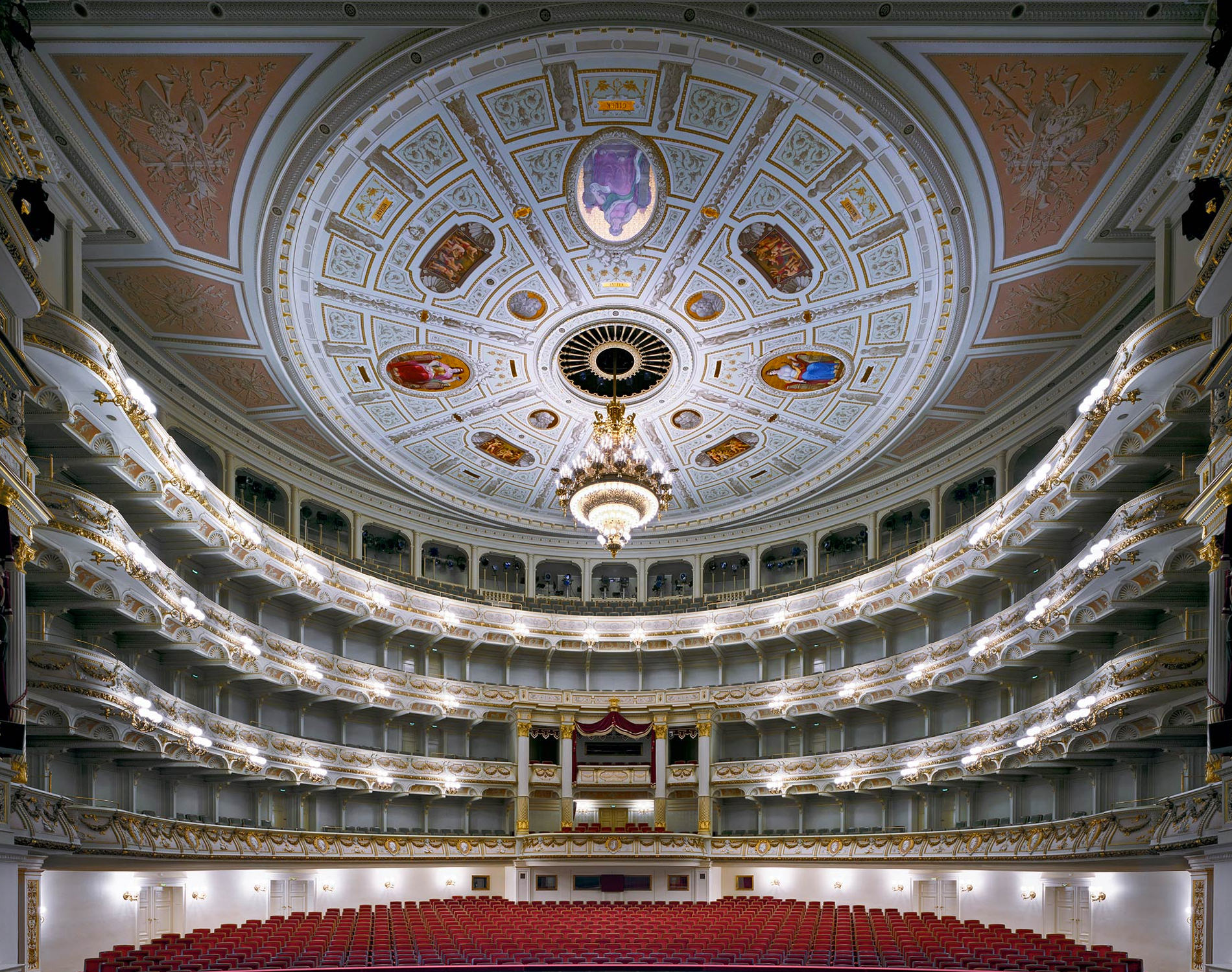 David Leventi Serie Photographie Opera Semperoper Dresde Allemagne 2014