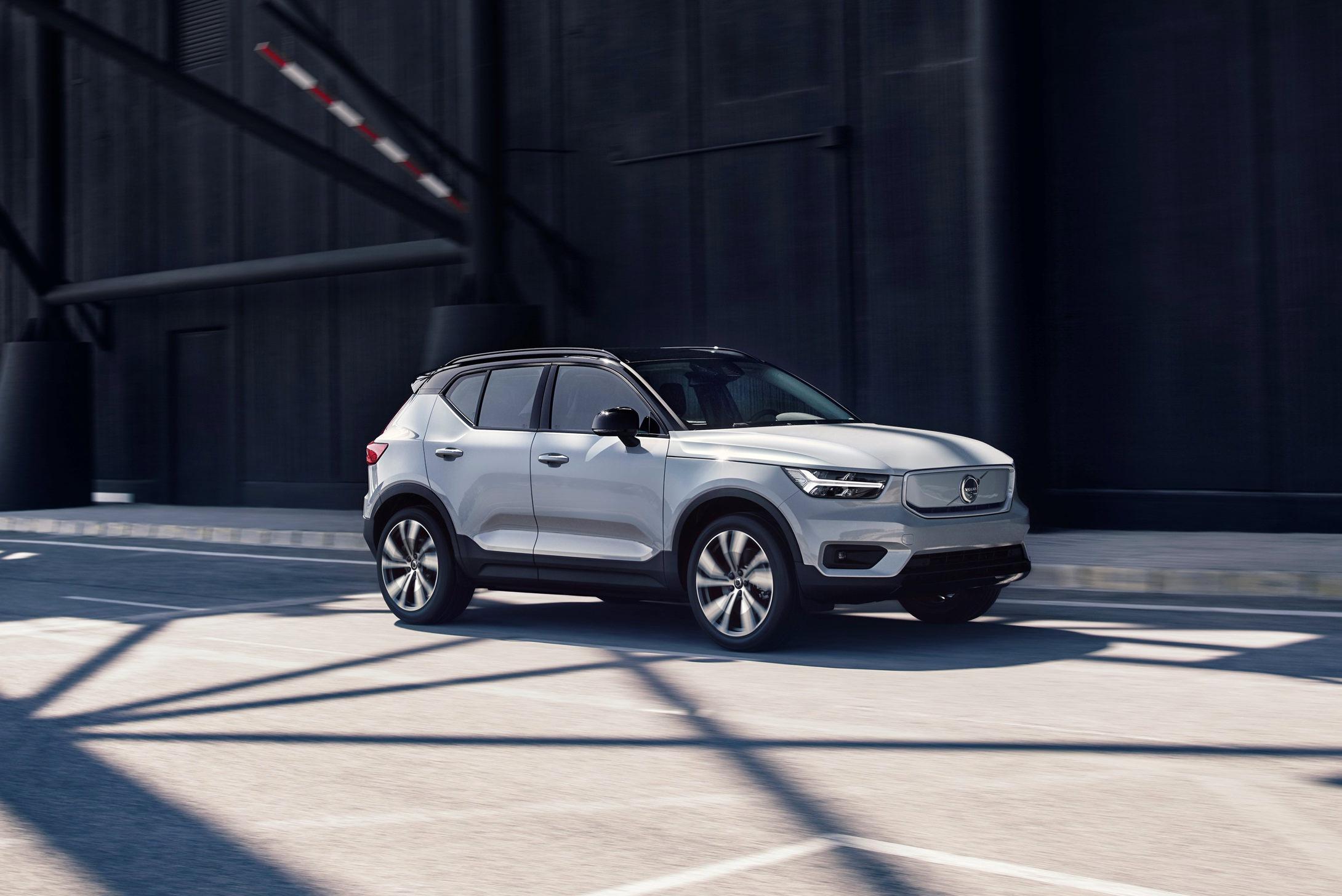 Volvo CX40 Recharge Voiture Electrique Inspiration Rue