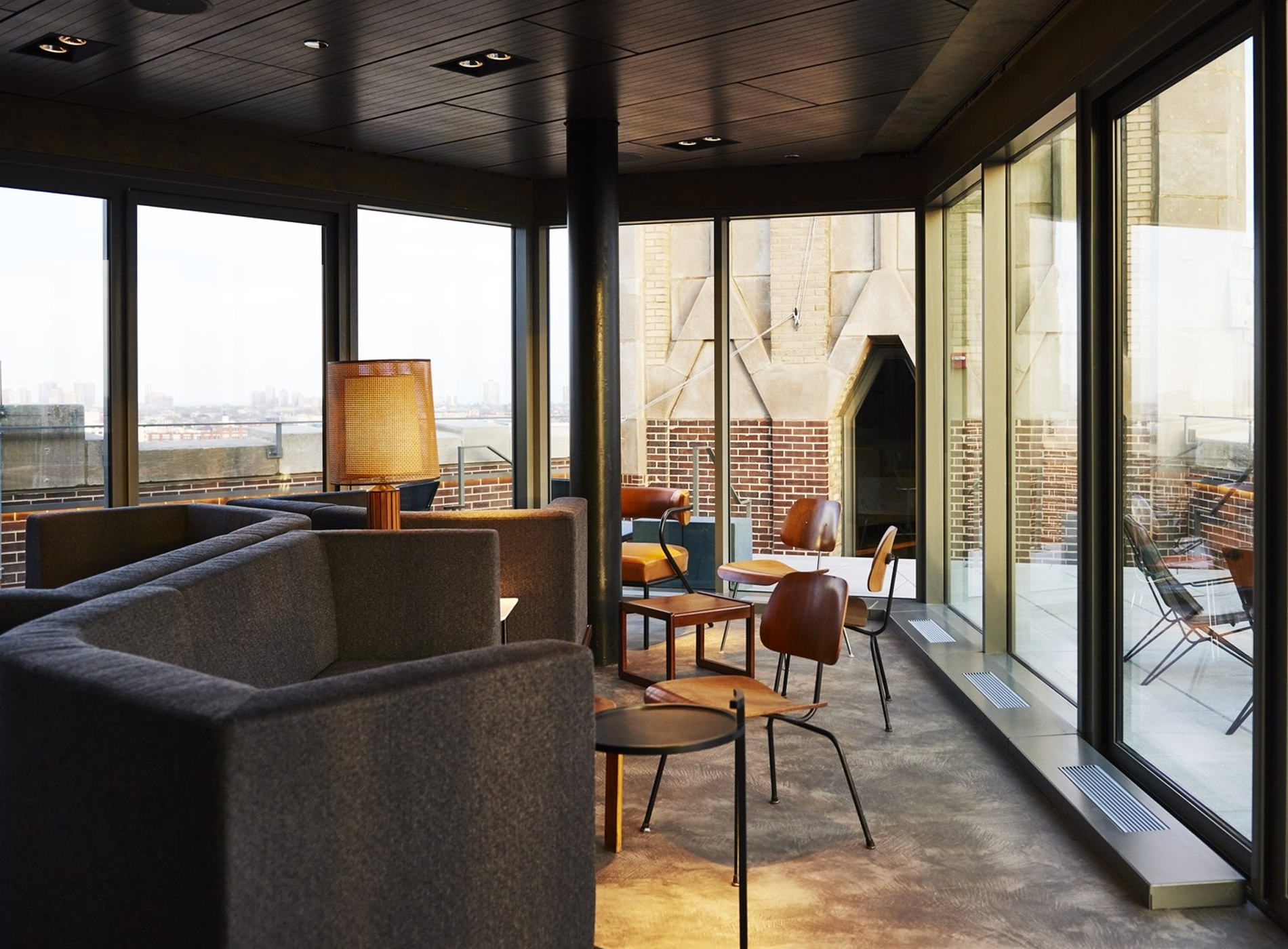 City Guide Chicago The Robey Hotel Rooftop