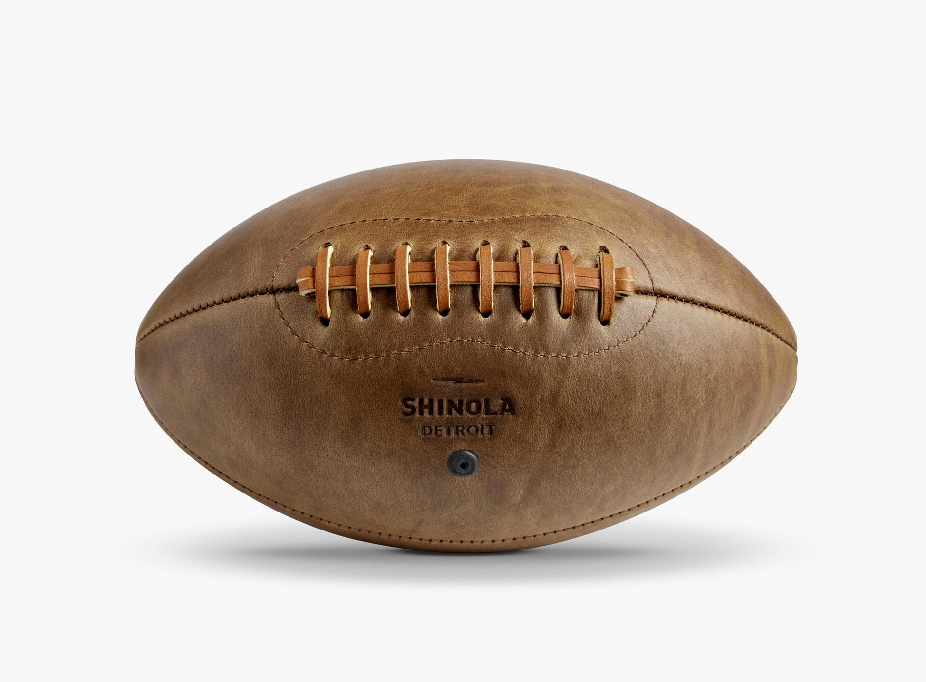 Guide Noël 2019 Idées Cadeaux Shinola Ballon Football Cuir