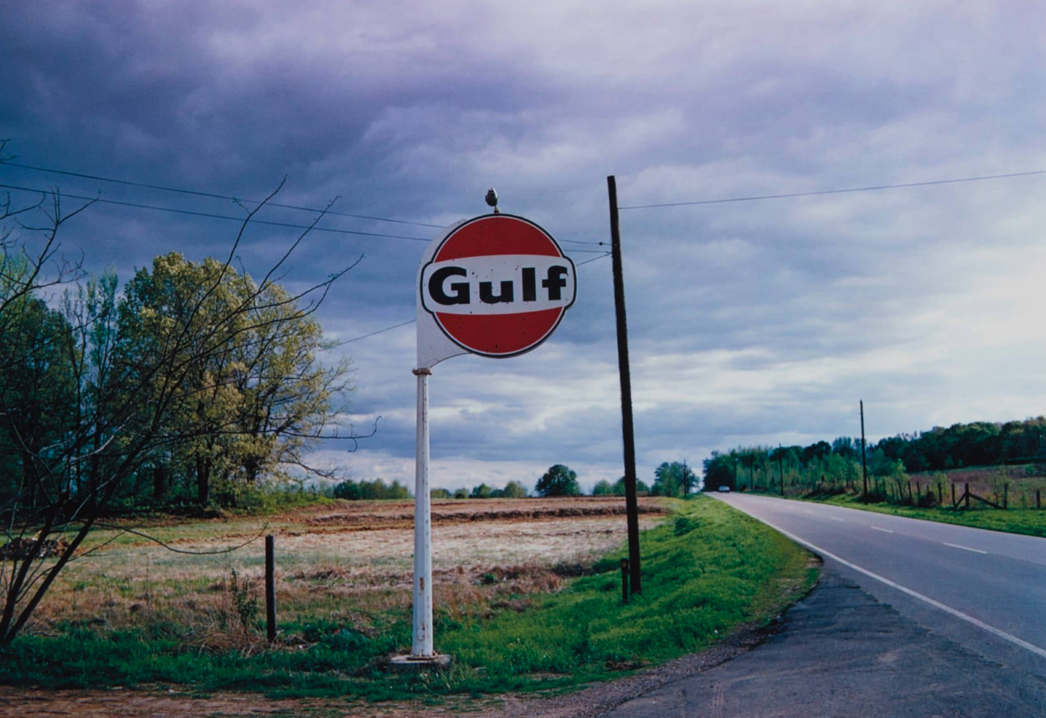 William Eggleston Photographie Tennessee Gulf Sign 1972