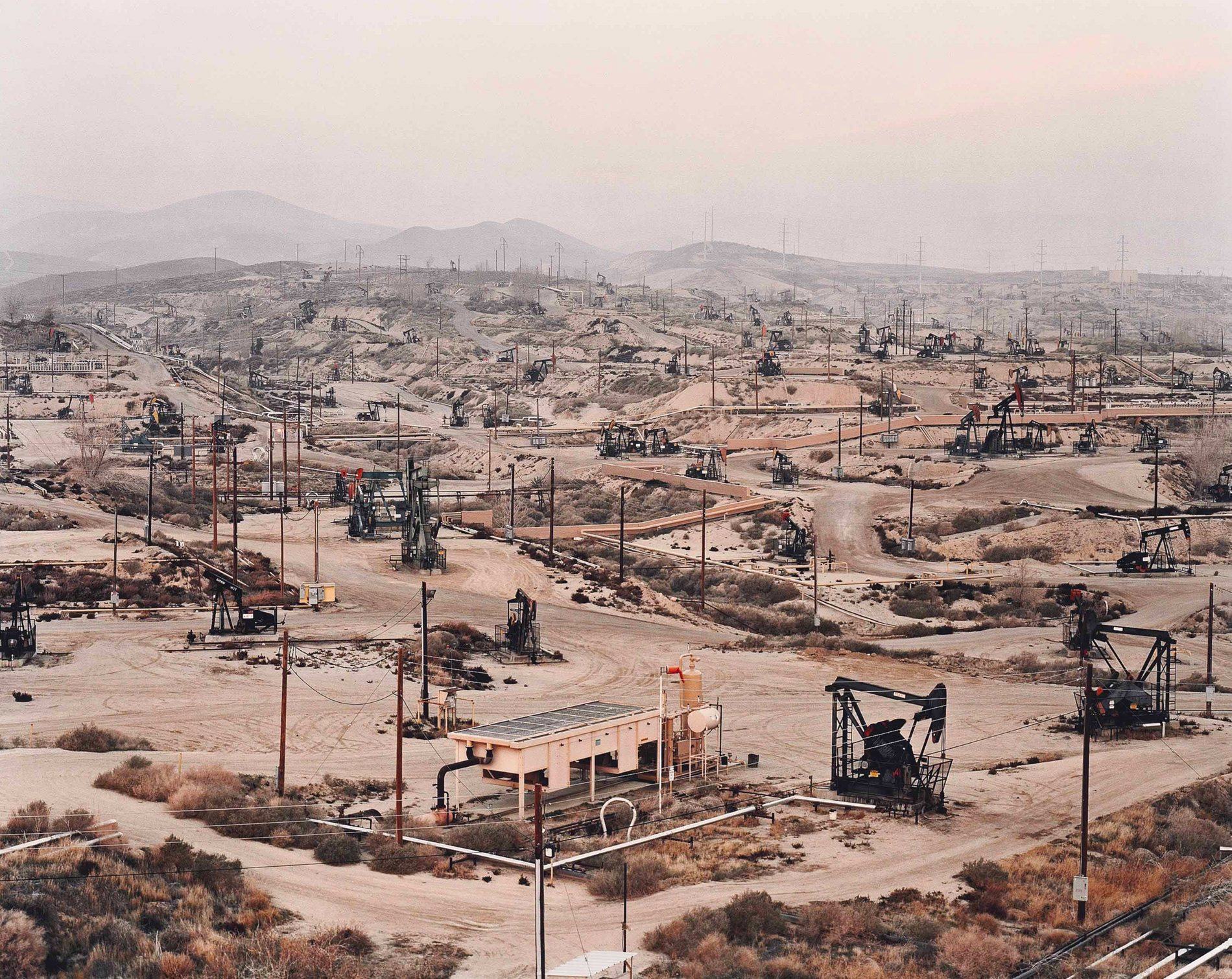 Edward Burtynski Photographie Oil Fields No13 Taft Californie 2002