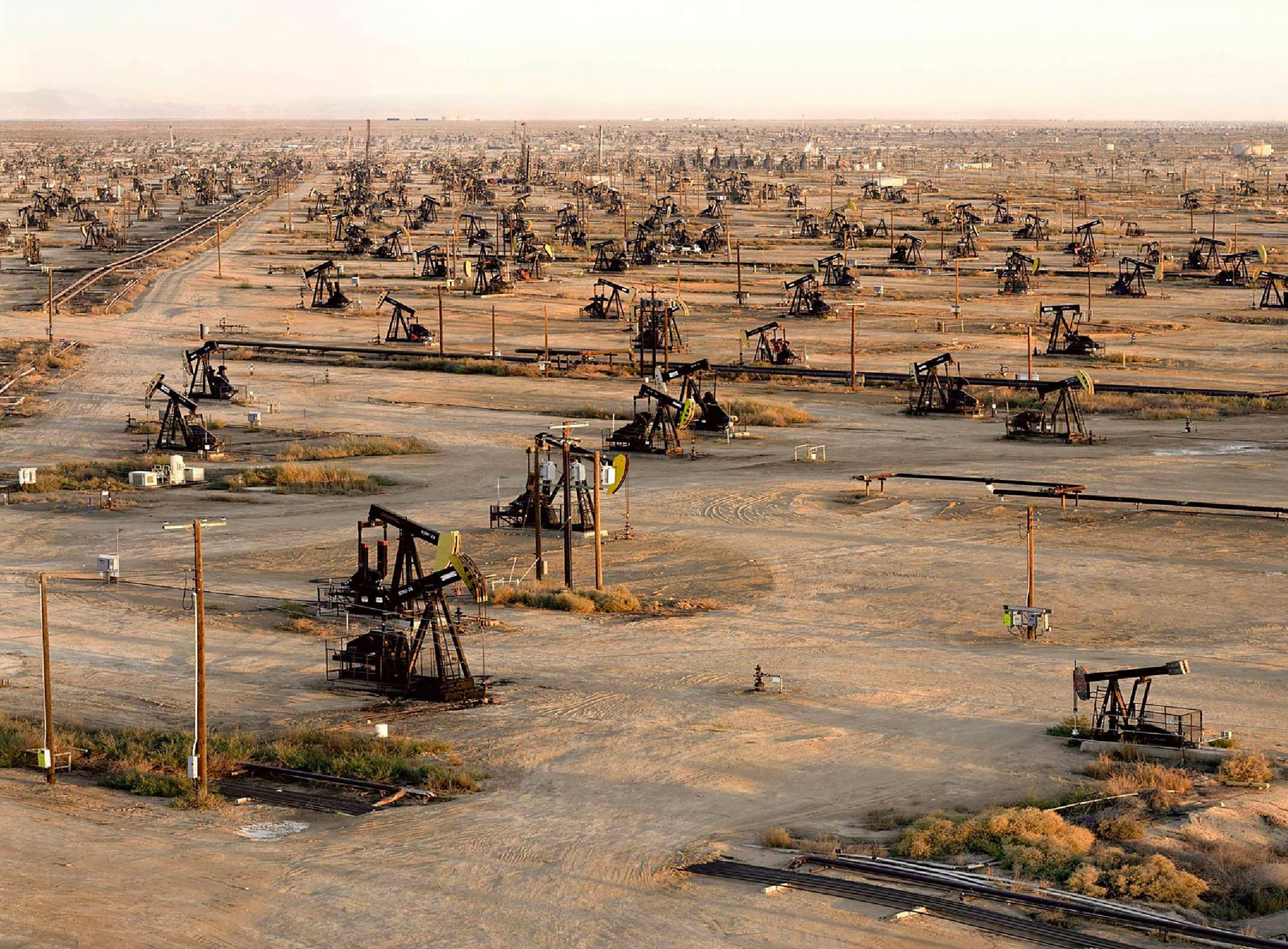 Edward Burtynski Photographie Oil Fields No19b Belridge Californie USA 2003